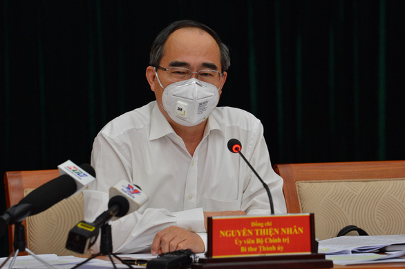 Bí thư Nguyễn Thiện Nhân: TP.HCM còn 8.400 chỗ cách ly, 2.300 giường bệnh luôn sẵn sàng - Ảnh 1.