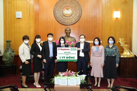 Nagakawa ủng hộ 60.000 khẩu trang - Ảnh 2.