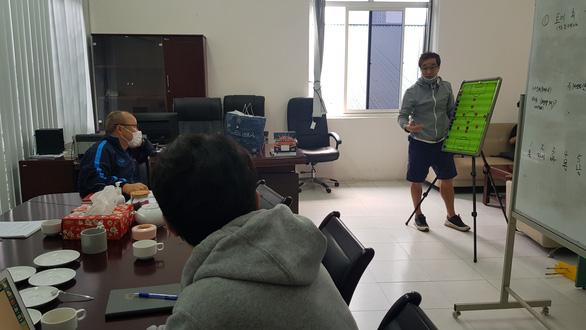 HLV Park Hang Seo: Tôi đang chuẩn bị chiến thuật mới cho đội tuyển Việt Nam - Ảnh 2.