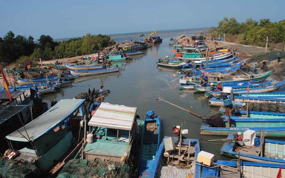 Xóm biển Khánh Hội sau 23 năm hứng cơn cuồng phong Linda - Ảnh 4.