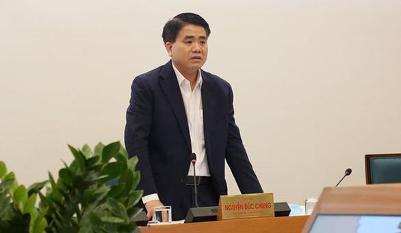 Phát hiện 2 lỗ hổng lớn về phòng chống COVID-19, chủ tịch Hà Nội họp khẩn - Ảnh 1.