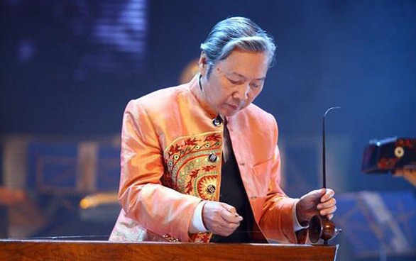 Nghệ sĩ Phạm Ngọc Hướng - cha của ca sĩ Khánh Linh và nhạc sĩ Ngọc Châu - qua đời - Ảnh 1.