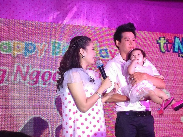 Phùng Ngọc Huy tuyên bố giành được quyền nuôi con Mai Phương - Ảnh 1.