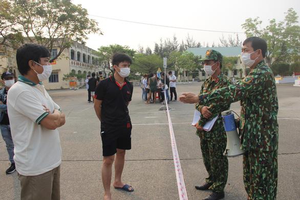 Đà Nẵng lại nói chưa thu phí cách ly người đến từ Hà Nội và TP.HCM - Ảnh 1.