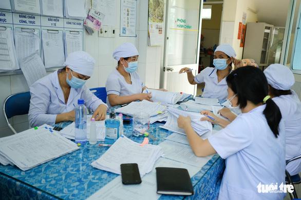 Những chiến binh ở Bệnh viện Phổi Đà Nẵng - Ảnh 3.