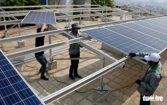 Vẫn sôi động điện mặt trời áp mái - Ảnh 2.