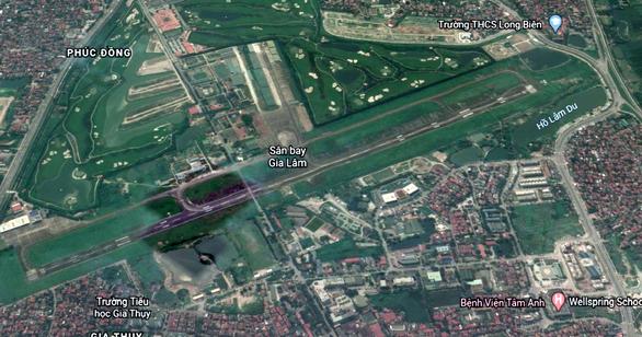 Sân bay Gia Lâm chỉ còn hoạt động bay quân sự - Ảnh 1.