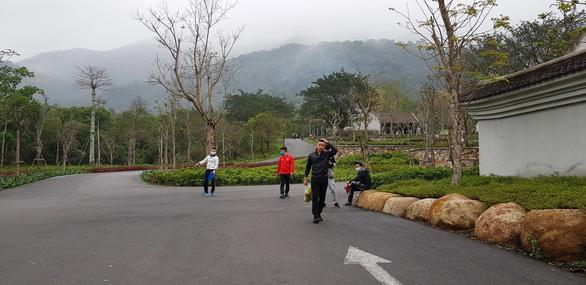 Quảng Ninh mở cửa du lịch từ trưa 1-5 - Ảnh 1.