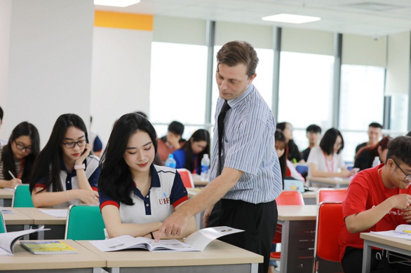 Điểm qua thế mạnh tiếng Anh của UEF mới biết vì sao nhiều bạn trẻ chọn trường - Ảnh 1.