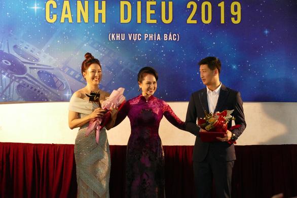 Cát Phượng, Hồng Diễm - hai nữ diễn viên chính xuất sắc nhận giải Cánh diều 2020 - Ảnh 3.