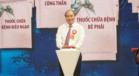 Thủ tướng ấn nút 'ATM thuốc' chữa bệnh tham nhũng, xa dân - Ảnh 1.