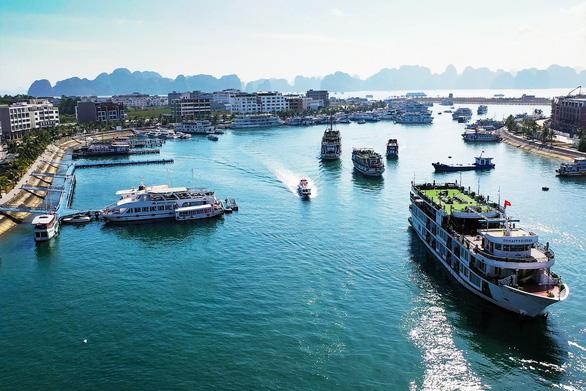 Quảng Ninh đặt mục tiêu đón 3 triệu lượt khách từ nay đến cuối năm 2020 - Ảnh 1.