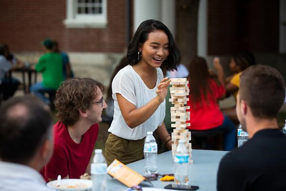 Học bổng đến 100% trường đại học công lập nghiên cứu hàng đầu Mỹ - Ảnh 2.