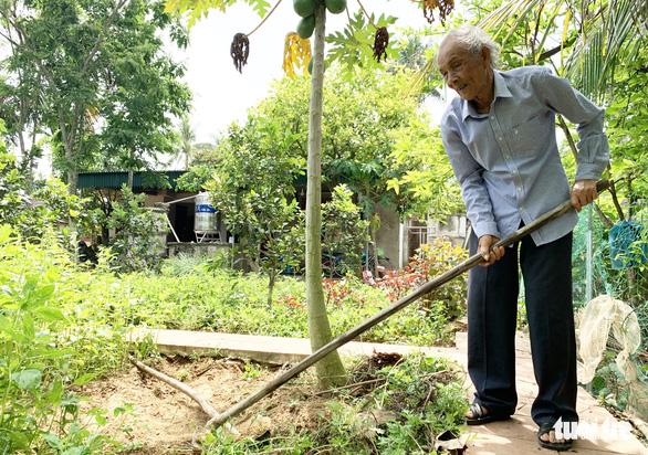 Cụ ông thương binh 83 tuổi không nhận tiền hỗ trợ: Tôi chưa đóng góp được gì nên không thể nhận - Ảnh 2.