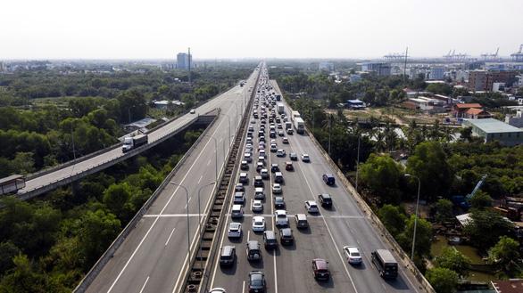 Đồng Nai muốn mở rộng cao tốc TP.HCM - Long Thành - Dầu Giây lên 12 làn xe - Ảnh 1.