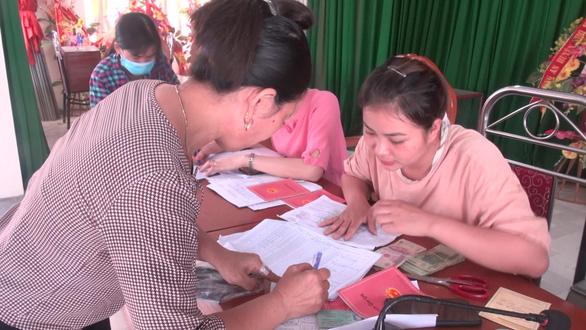 Một huyện có 2.400 người tự nguyện không nhận tiền hỗ trợ do dịch COVID-19 - Ảnh 3.