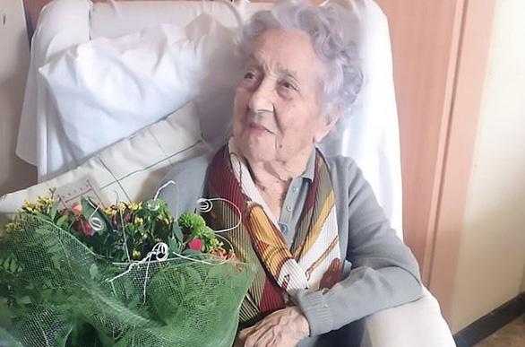 Cụ bà 113 tuổi thắng virus corona dù không đi viện - Ảnh 1.