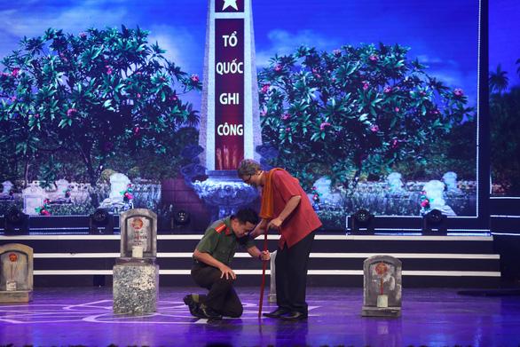 Tác giả Hồ Chí Minh - Tên Người là cả một niềm thơ được truy tặng giải đặc biệt - Ảnh 6.