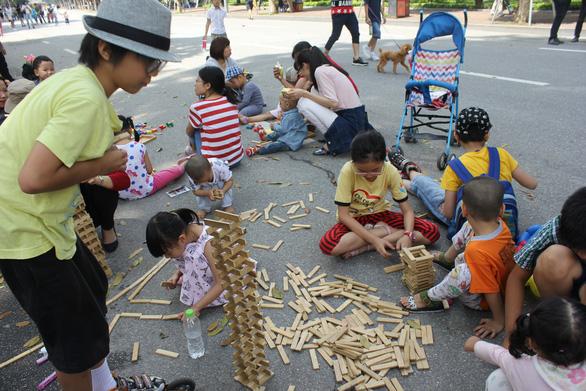 Các di tích, danh thắng, bảo tàng ở Hà Nội mở cửa trở lại - Ảnh 4.