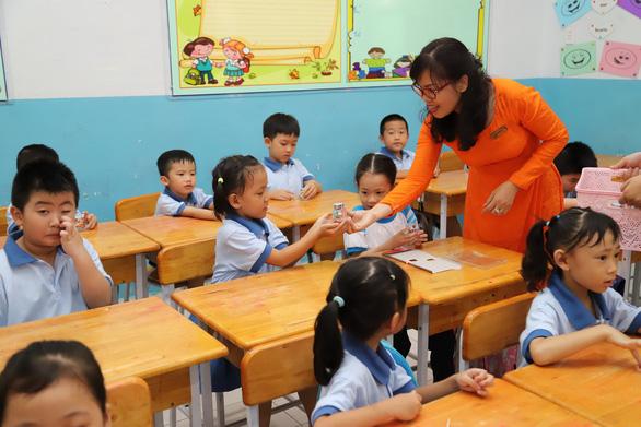 Tạo cảm hứng cho học sinh trở lại trường - Ảnh 1.
