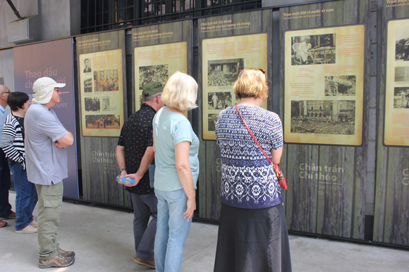 Các di tích, danh thắng, bảo tàng ở Hà Nội mở cửa trở lại - Ảnh 3.