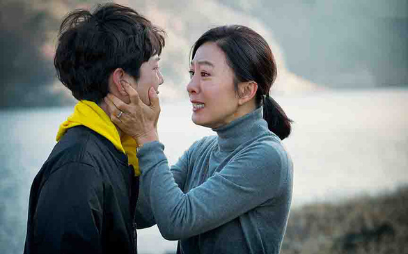 Phim ngoại tình Thế giới hôn nhân: Vết thương trong tâm hồn con cái - Ảnh 3.