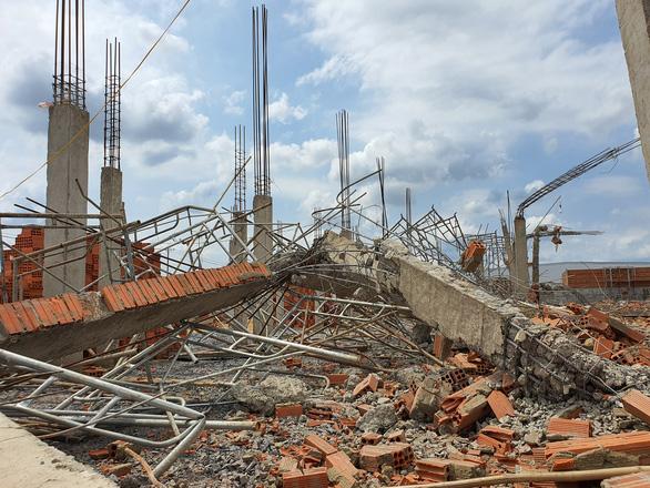 Khởi tố, tạm giam giám đốc thi công để xảy ra vụ sập tường ở Đồng Nai - Ảnh 1.
