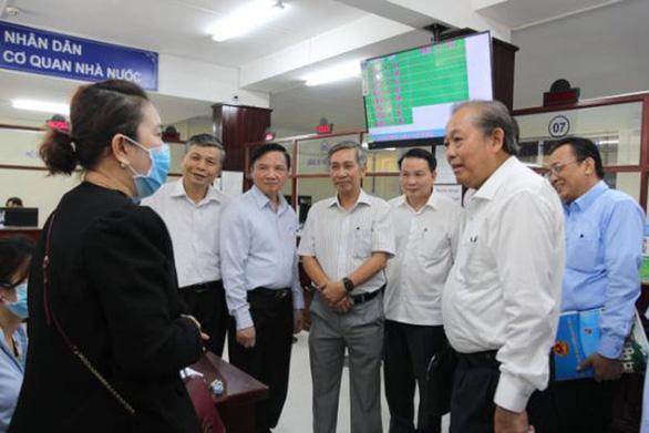 Phó thủ tướng Trương Hòa Bình: Dân đóng thuế trả lương, cán bộ phải phục vụ cho tốt - Ảnh 2.