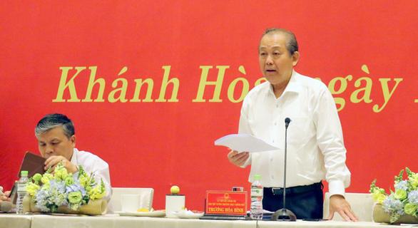 Phó thủ tướng Trương Hòa Bình: Dân đóng thuế trả lương, cán bộ phải phục vụ cho tốt - Ảnh 1.
