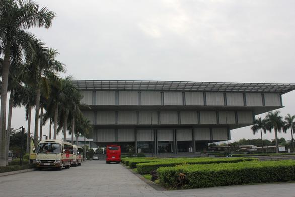 Thay chủ quản Bảo tàng Hà Nội vì khánh thành 10 năm chưa trưng bày xong - Ảnh 1.