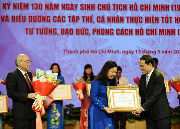 Tuyên dương tập thể, cá nhân điển hình học tập và làm theo tư tưởng, đạo đức, phong cách Hồ Chí Minh - Ảnh 6.