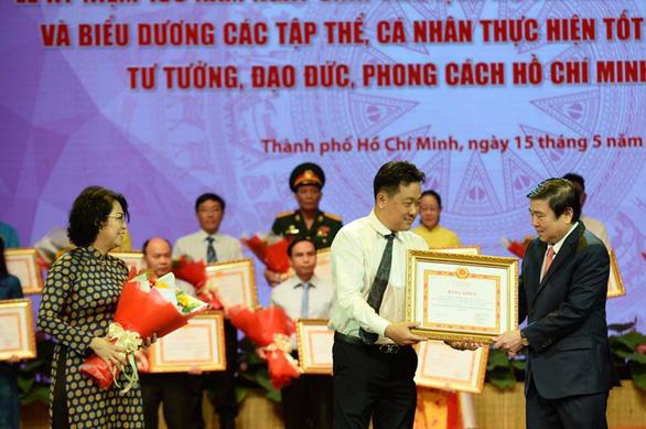 Tuyên dương tập thể, cá nhân điển hình học tập và làm theo tư tưởng, đạo đức, phong cách Hồ Chí Minh - Ảnh 7.