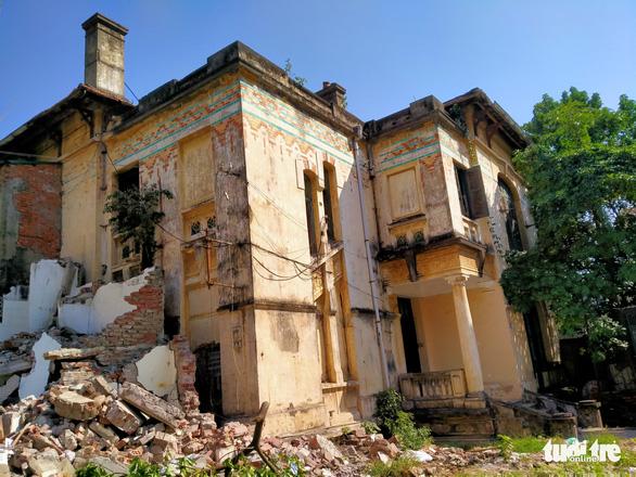 Biệt thự từng thuộc Trạm phát sóng Bạch Mai sắp bị phá dỡ - Ảnh 1.