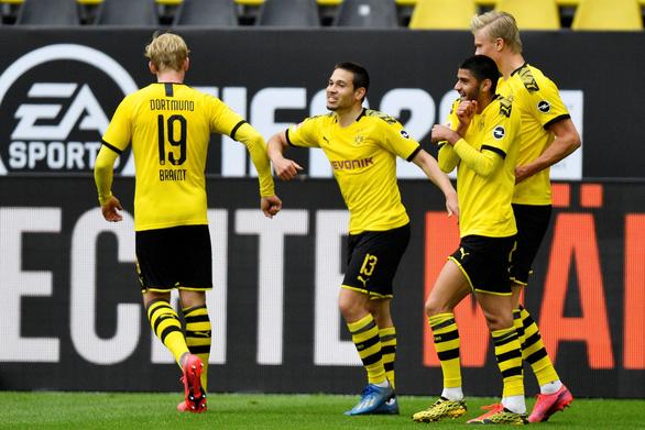 Dortmund đại thắng Schalke ngày Giải vô địch Đức trở lại - Ảnh 3.