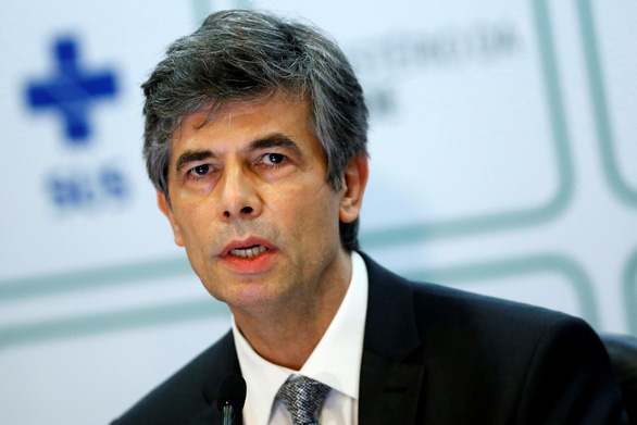 Brazil bước vào tuần đen tối dịch bệnh, tổng thống bị chỉ trích vì cố chấp - Ảnh 1.