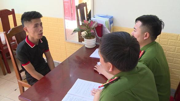 Giải cứu 12 thiếu nữ miền núi bị nhốt, ép phục vụ trong quán karaoke - Ảnh 1.