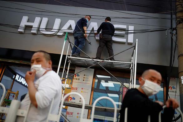 Mỹ tung đòn hiểm mới với Huawei - Ảnh 1.