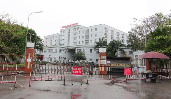 Bệnh viện Lao và phổi Quảng Ninh mở cửa trở lại - Ảnh 1.