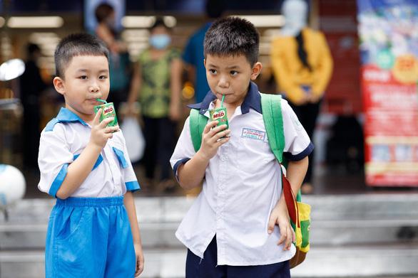 MILO tiếp năng lượng cho trẻ trở lại trường - Ảnh 5.
