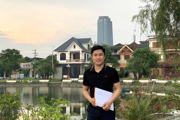 Sứ giả gắn kết sinh viên Việt - Lào - Ảnh 1.