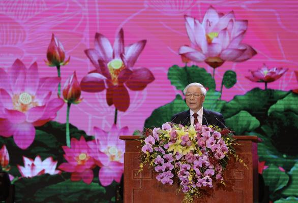 Kỷ niệm 130 năm ngày sinh Chủ tịch Hồ Chí Minh: Trong bầu trời không gì quý bằng nhân dân - Ảnh 1.