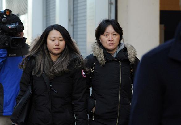 Một phụ huynh Trung Quốc bị tòa Mỹ phạt 250.000 USD vì bỏ 400.000 USD chạy trường cho con - Ảnh 1.