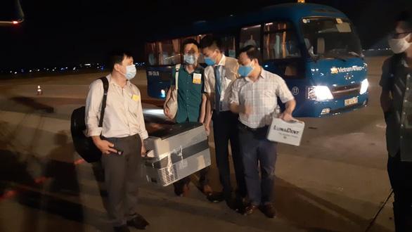 Ca ghép gan xuyên đêm ở TP.HCM nhờ một mầm sống từ Hà Nội - Ảnh 1.