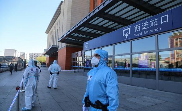 Ca nhiễm tăng trở lại, hơn 100 triệu dân đông bắc Trung Quốc lại bị phong tỏa - Ảnh 1.