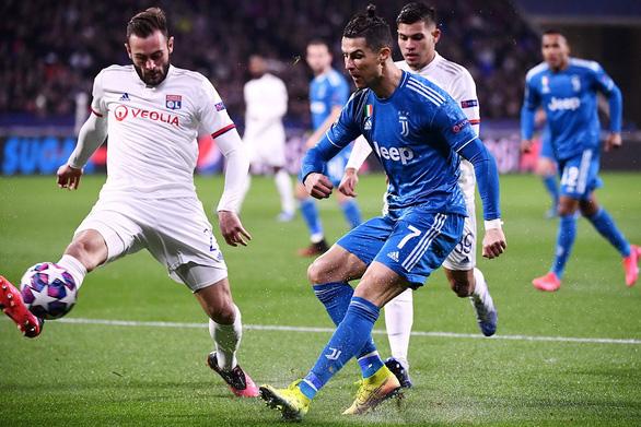 Các giải đấu hàng đầu châu Âu sẽ bị hiệu ứng dây chuyền từ Ligue 1? - Ảnh 1.