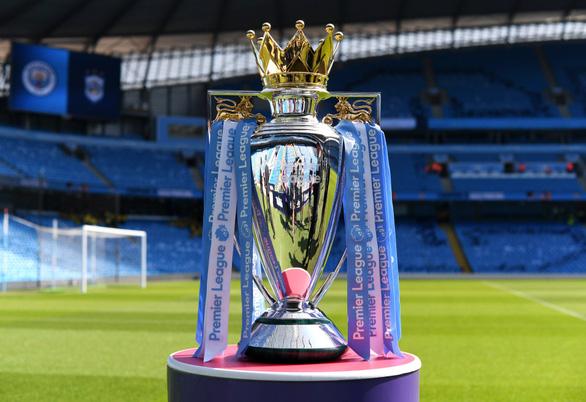 6 cầu thủ và nhân viên tại Premier League dương tính với COVID-19 - Ảnh 1.