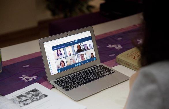 Dạy học trực tuyến: từ ngại đến thích - Ảnh 1.