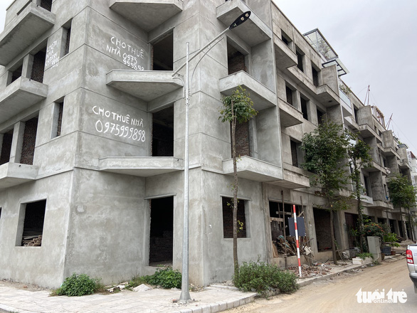 Chủ đầu tư chung cư Athena Complex hứa trả sổ hồng cho cư dân - Ảnh 2.