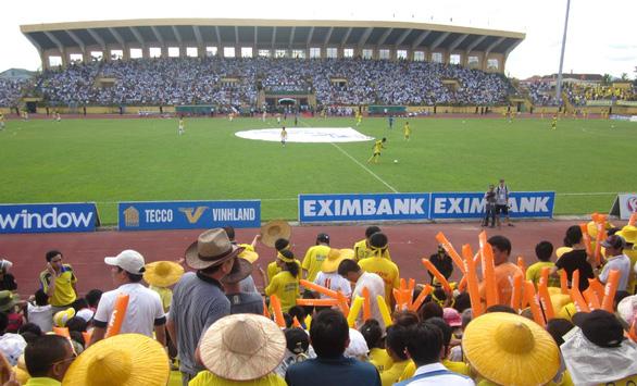 Nhiều tỉnh cho phép các sân vận động mở cửa đón khán giả - Ảnh 1.