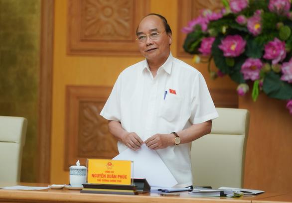 Thủ tướng họp Thường trực Chính phủ, tháo gỡ khó khăn cho dầu khí, hàng không - Ảnh 1.